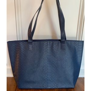 Bloomingdale's Tote Bag Shopper Purse